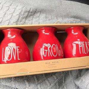 FINAL NWT Rae Dunn 'Love Grows Here' Vases